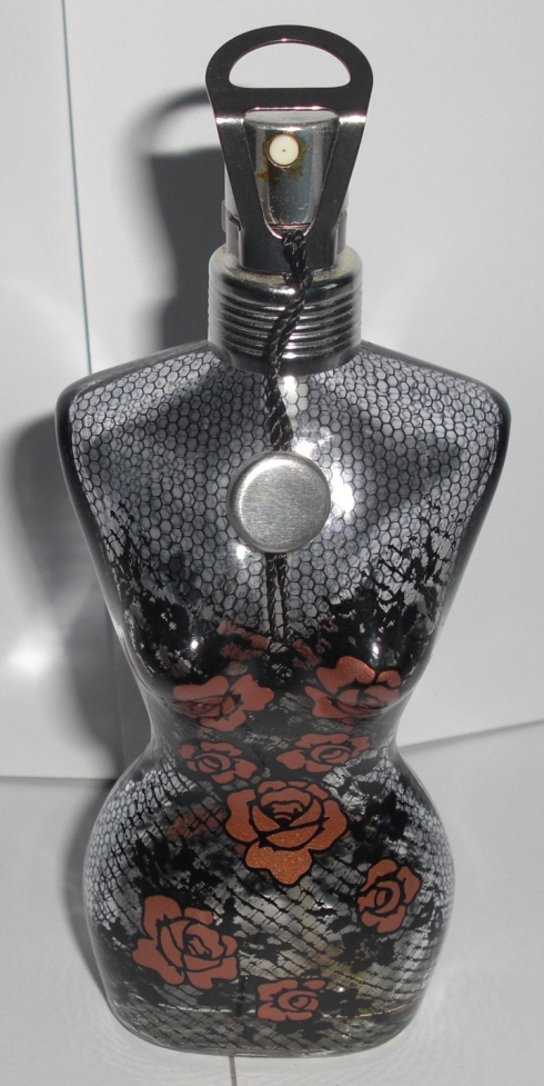 2000 Absolutely feminine Rose and lace bottle