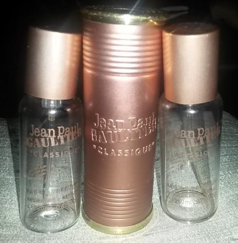 Purse spray and refills